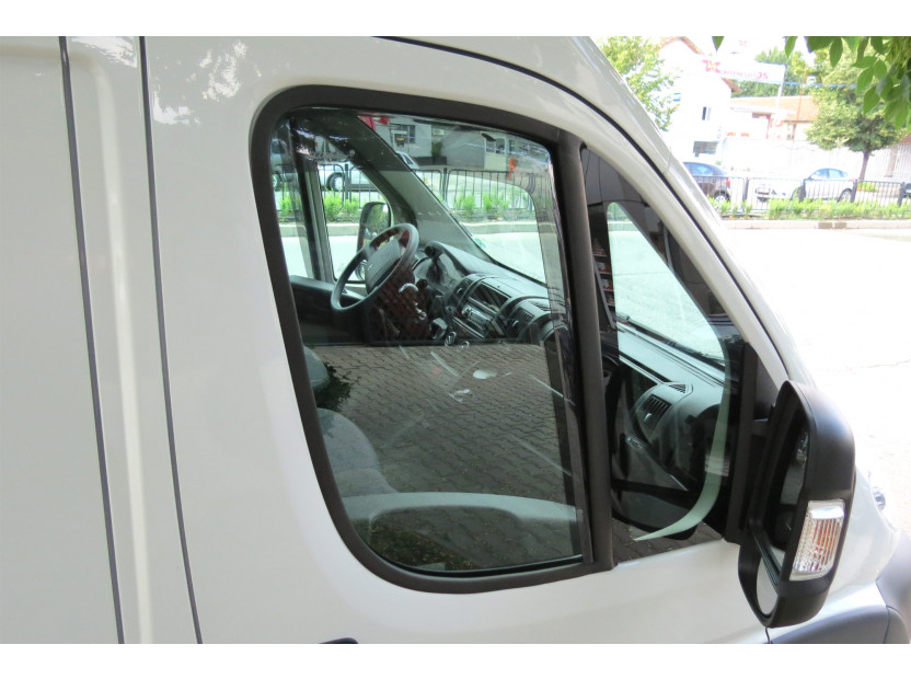 Farad Front Wind Deflectors for Peugeot Boxer after 2006/Citroen Jumper after 2006/Fiat Ducato after 2006 X profil 2